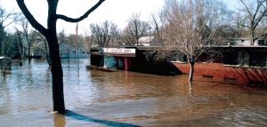 Click here to help Midwest flood victims